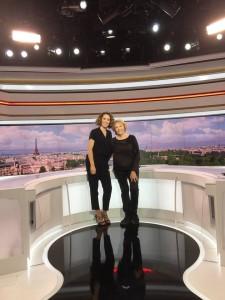 Photo souvenir avec Marie-Sophie Laccarau, lors de mon passage au journal de 13h, le 12 décembre 2016.